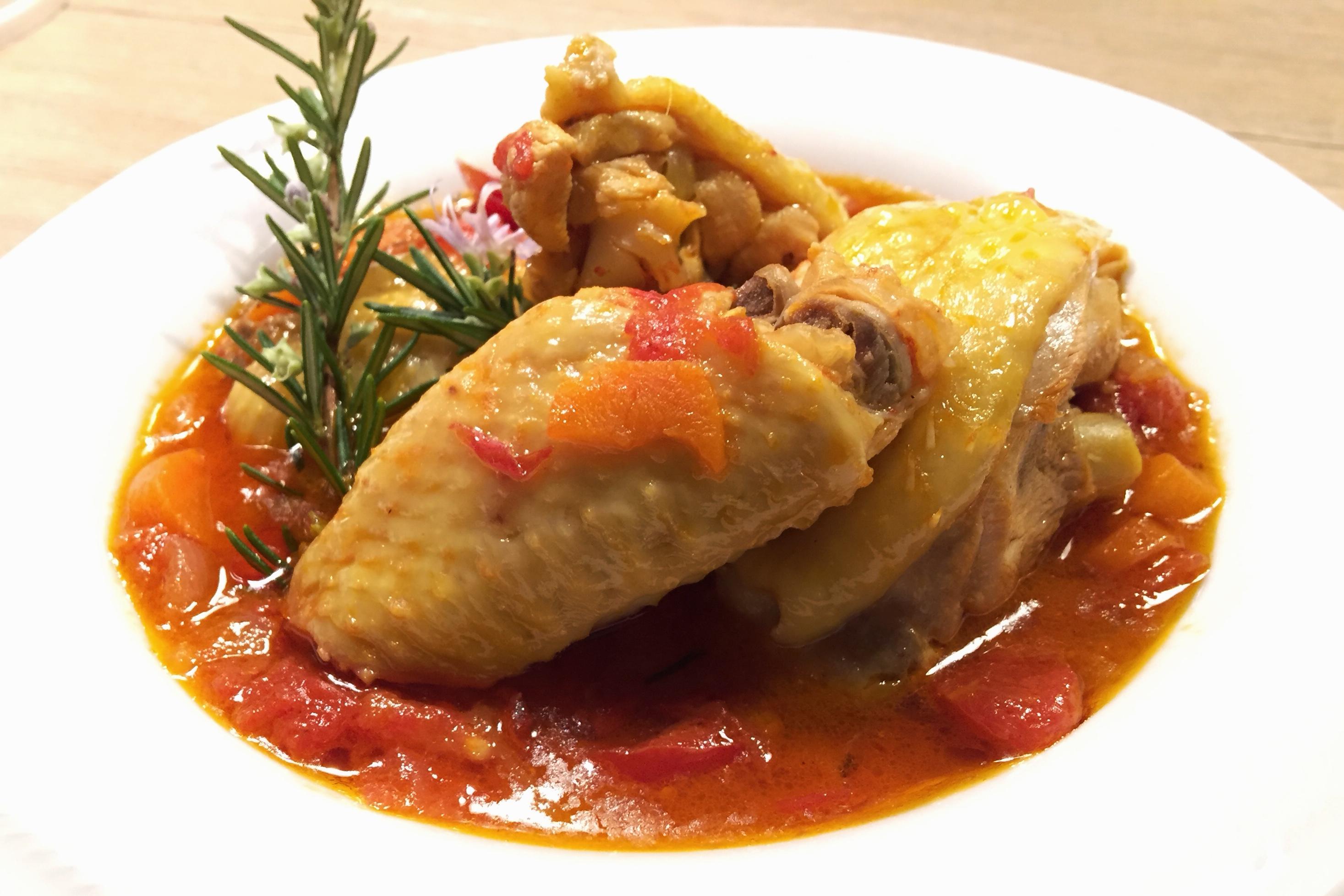 Pollo alla cacciatora: la ricetta del secondo piatto tipico della cucina italiana
