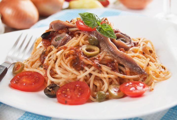 Spaghetti alla puttanesca: la ricetta classica