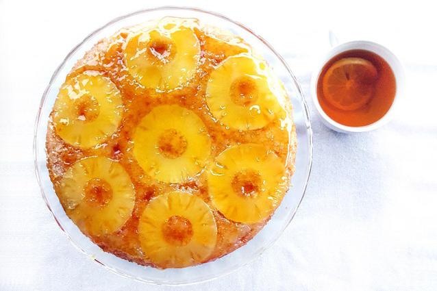 Torta rovesciata all'ananas: la ricetta della torta upside down all'ananas