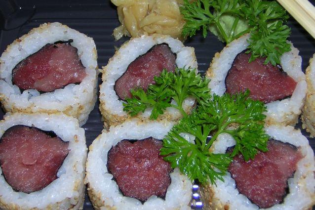 Uramaki: la ricetta originale giapponese del California Roll