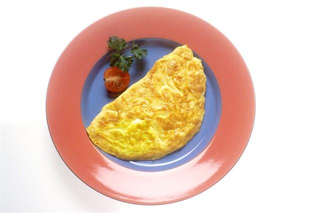 Omelette: la ricetta base e 7 consigli per farle ripiene
