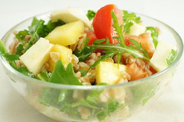 Insalata di farro: 5 ricette originali ed estive