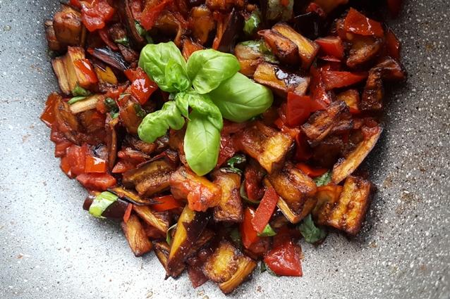 Melanzane a funghetto: la ricetta napoletana