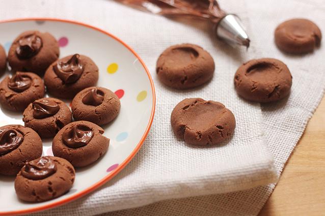 Nutellotti: la ricetta dei biscotti alla nutella da preparare con 3 ingredienti