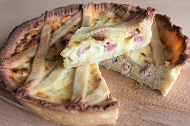 Pastiera salata: la ricetta della pastiera napoletana rustica