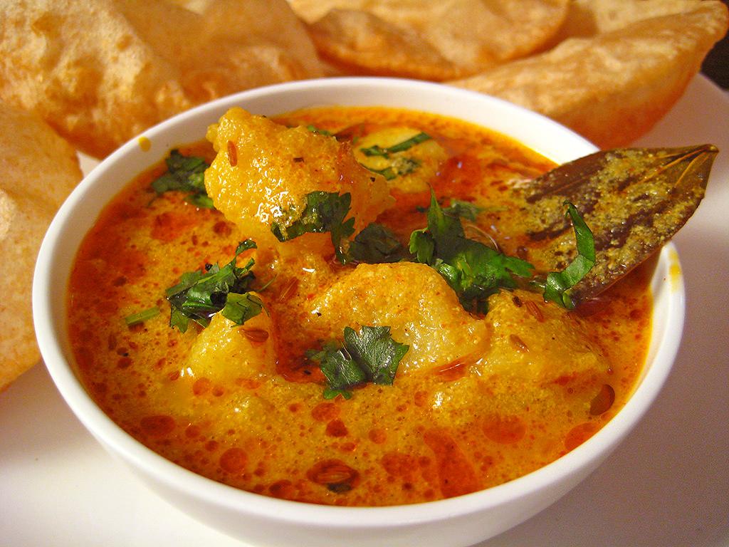 Patate al curry: la ricetta indiana da fare in padella