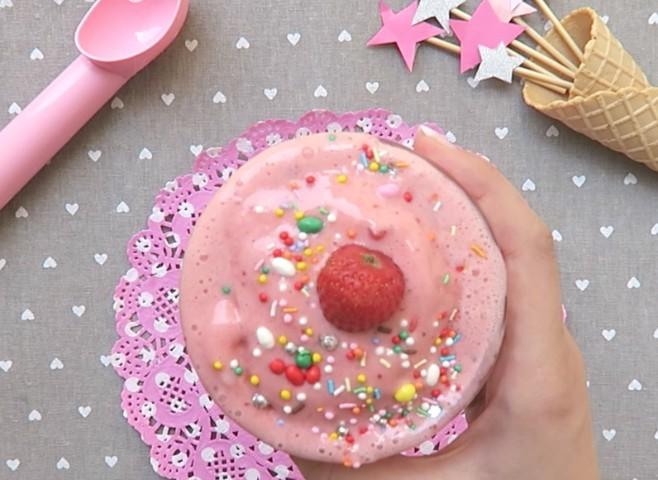 Gelato alla fragola: la ricetta senza gelatiera come in gelateria