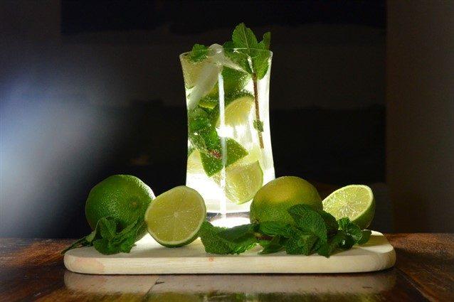 Mojito: la ricetta originale del cocktail fresco e dissetante