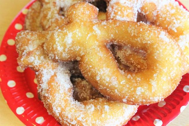 Zeppole di patate fritte: la ricetta delle ciambelle dolci napoletane