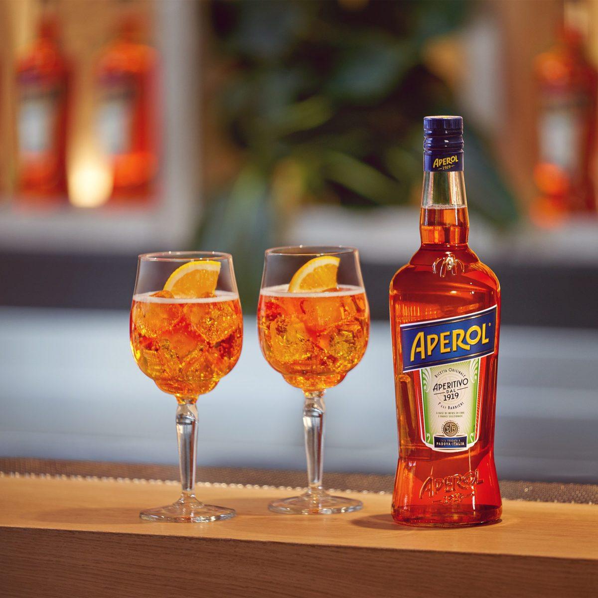 Spritz Aperol Veneto Ricetta.Spritz La Ricetta Del Famoso Aperitivo Arancione Con Dosi E Ingredienti