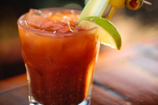 Bloody Mary cocktail: la ricetta originale del drink con succo di pomodoro
