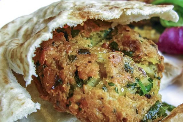 Pita con falafel di ceci