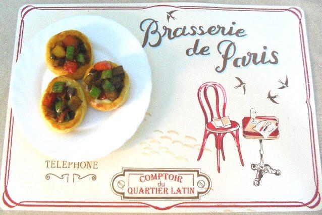 Vol au vent con ratatouille e fonduta di formaggio: ricetta per un antipasto perfetto