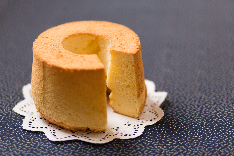 Chiffon cake: la ricetta originale del dolce americano alto e soffice
