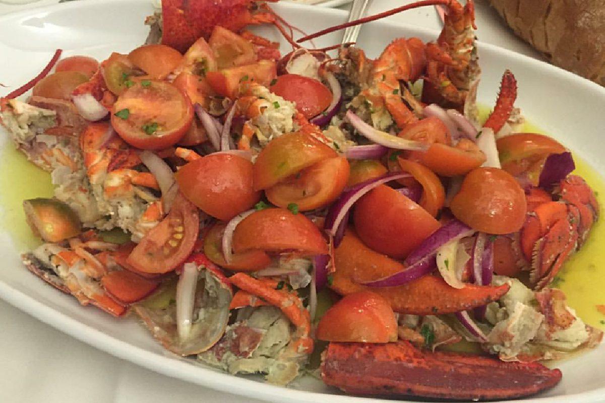 Astice alla catalana: la ricetta della cucina sarda leggera e raffinata