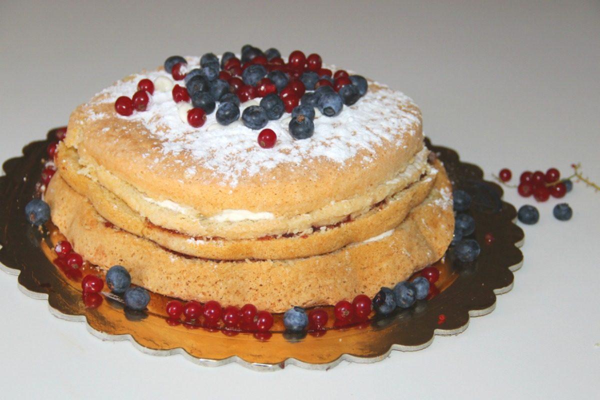 Naked cake senza glutine- Ricetta senza glutine - Schär