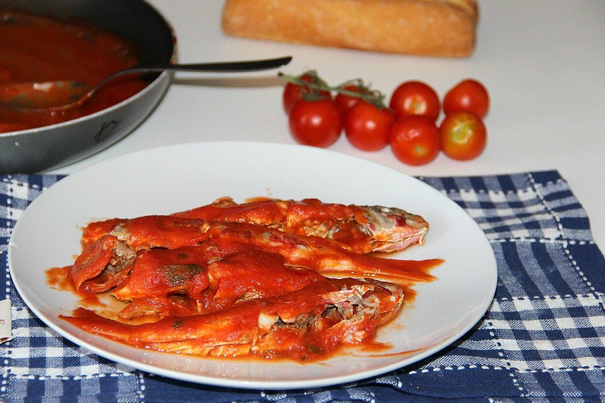 Triglie alla livornese: la ricetta originale toscana