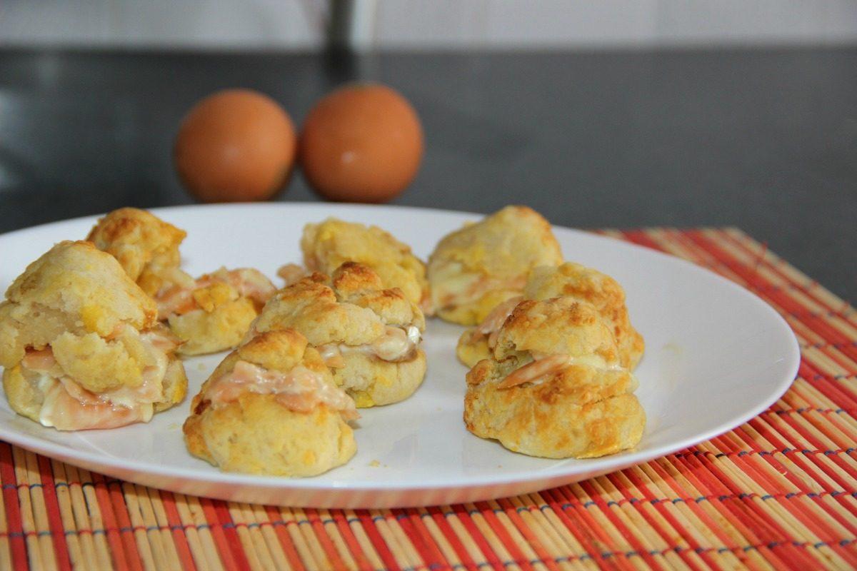 Bignè salati al salmone: la ricetta dell'antipasto da stuzzicare