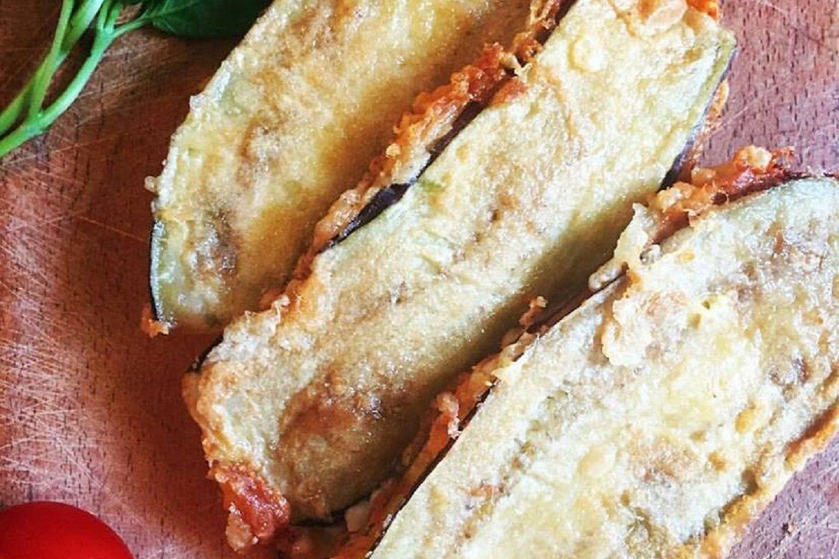 Melanzane indorate e fritte: la ricetta napoletana semplice e ricca di gusto