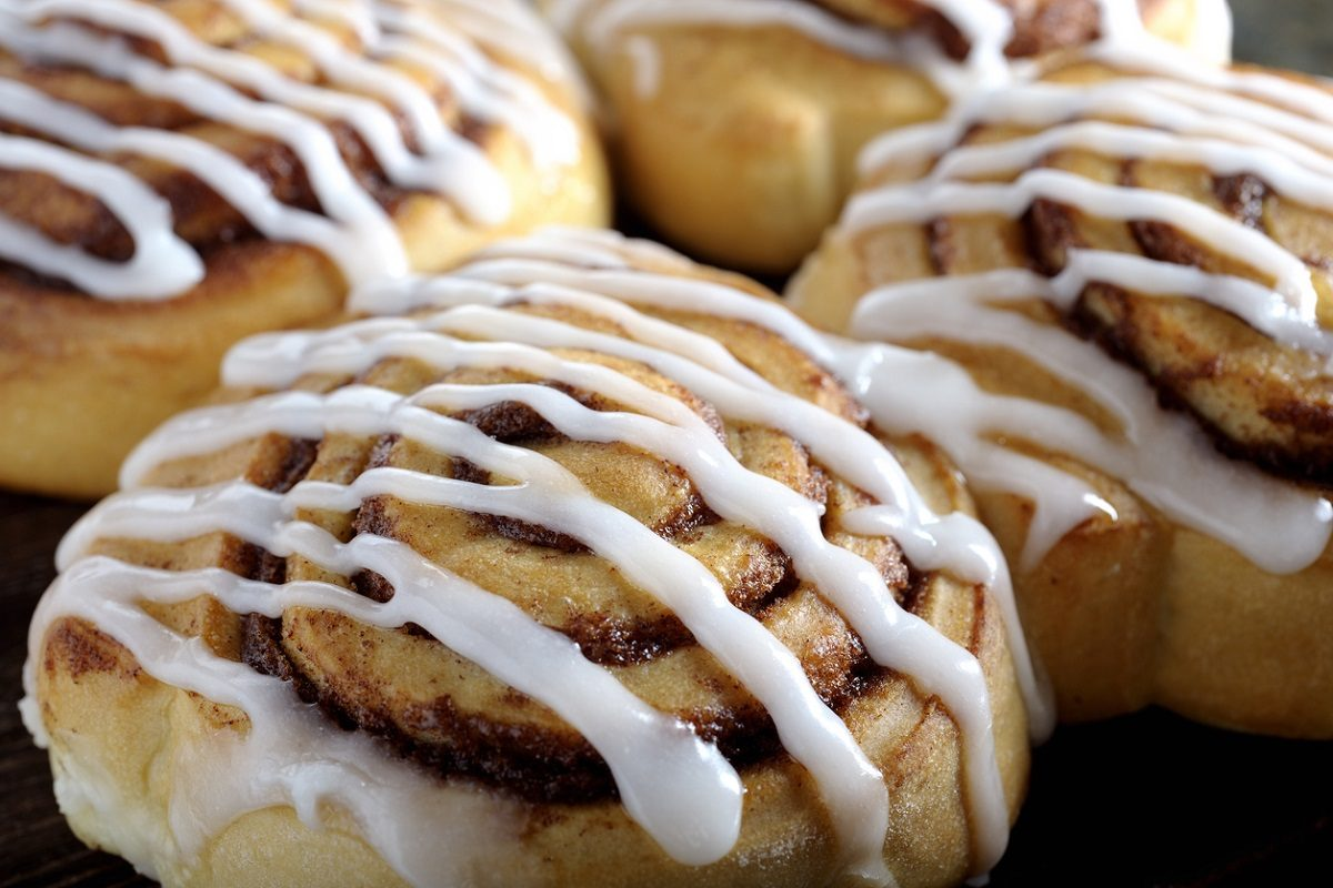 Cinnamon rolls: la ricetta delle girelle alla cannella morbide e profumate