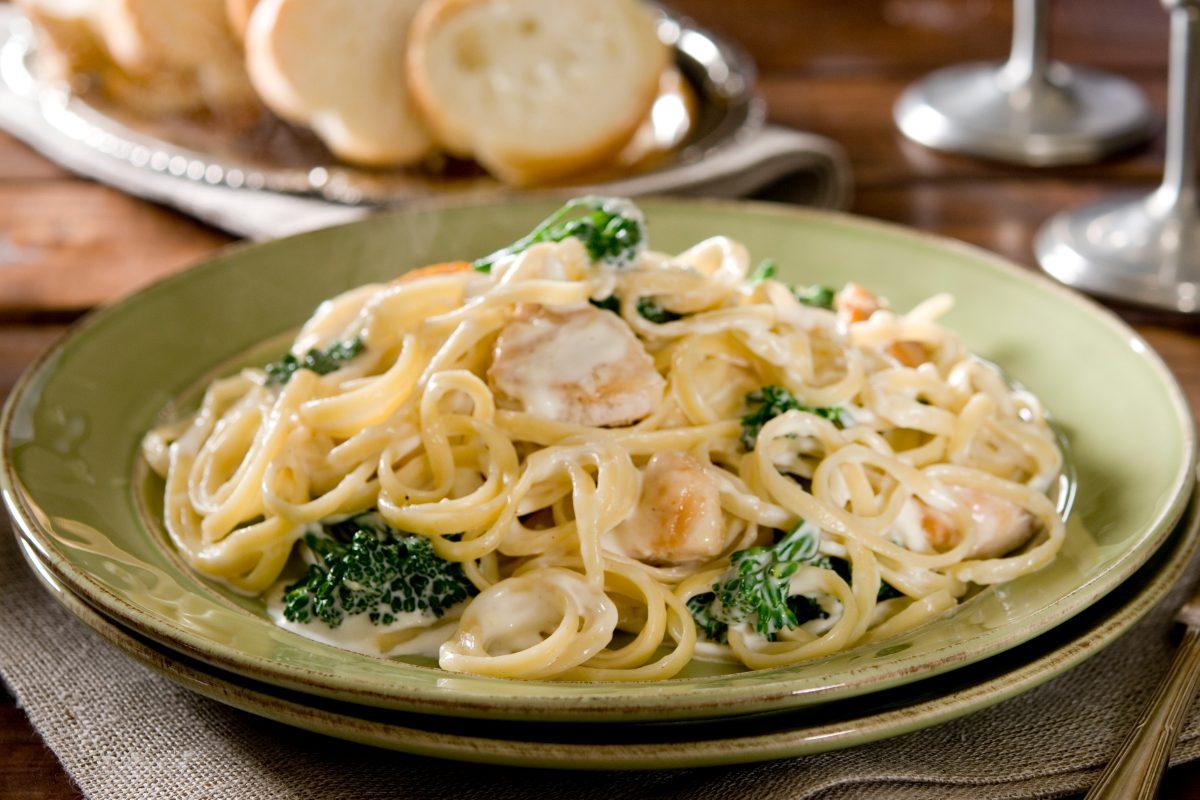 Fettuccine Alfredo: la ricetta del primo piatto italiano americano