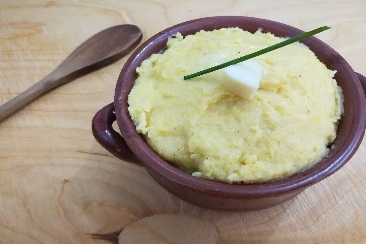 Polenta taragna: la ricetta originale del piatto tipico valtellinese