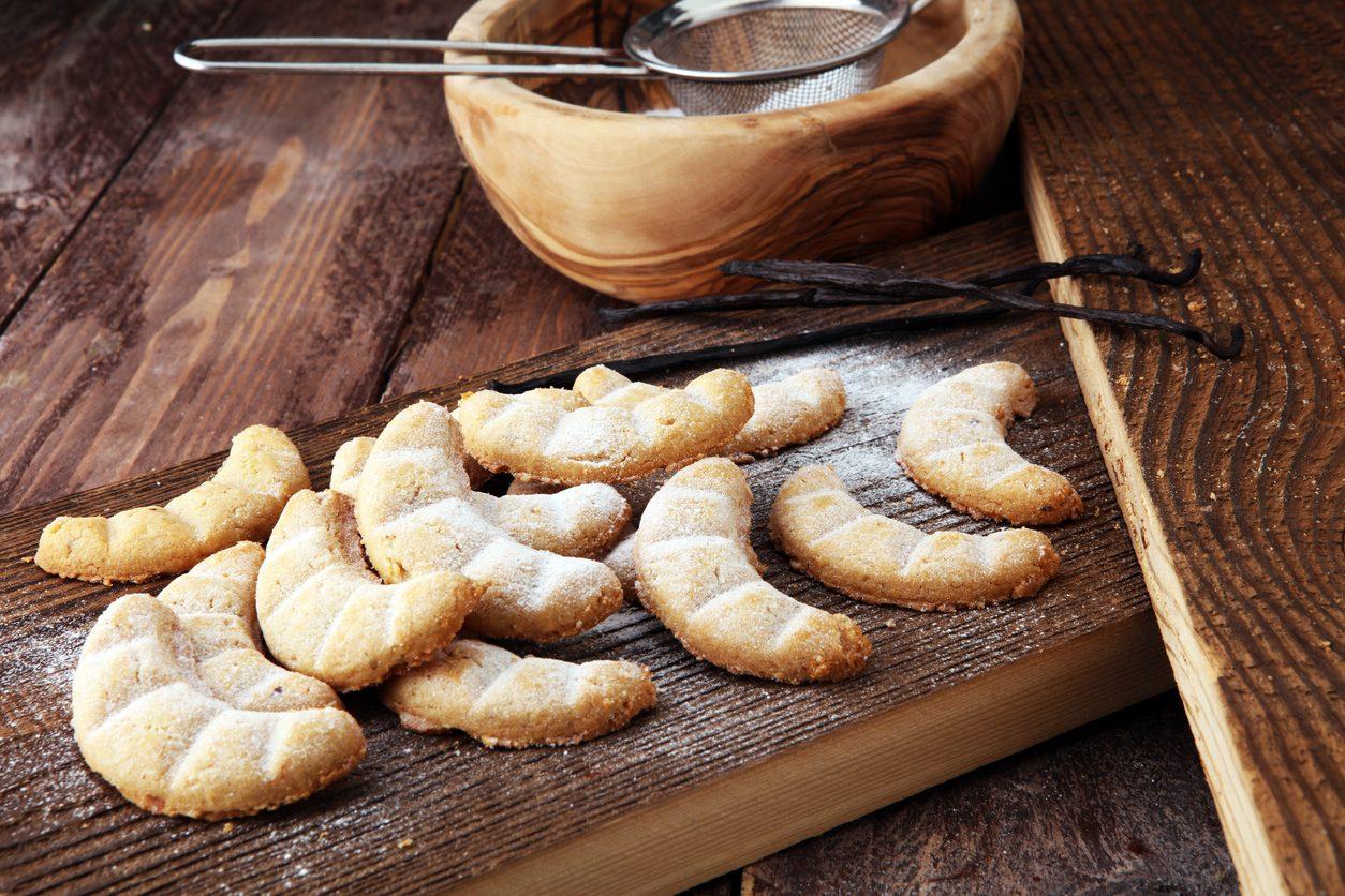 Vanillekipferl: la ricetta dei biscotti austriaci alla vaniglia dalla forma a cornetto