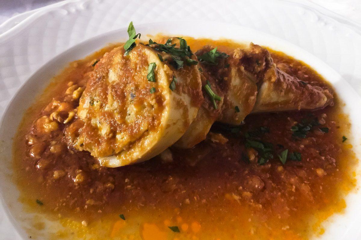 Totani alla sorrentina: la ricetta del secondo piatto ripieno e ricco di gusto