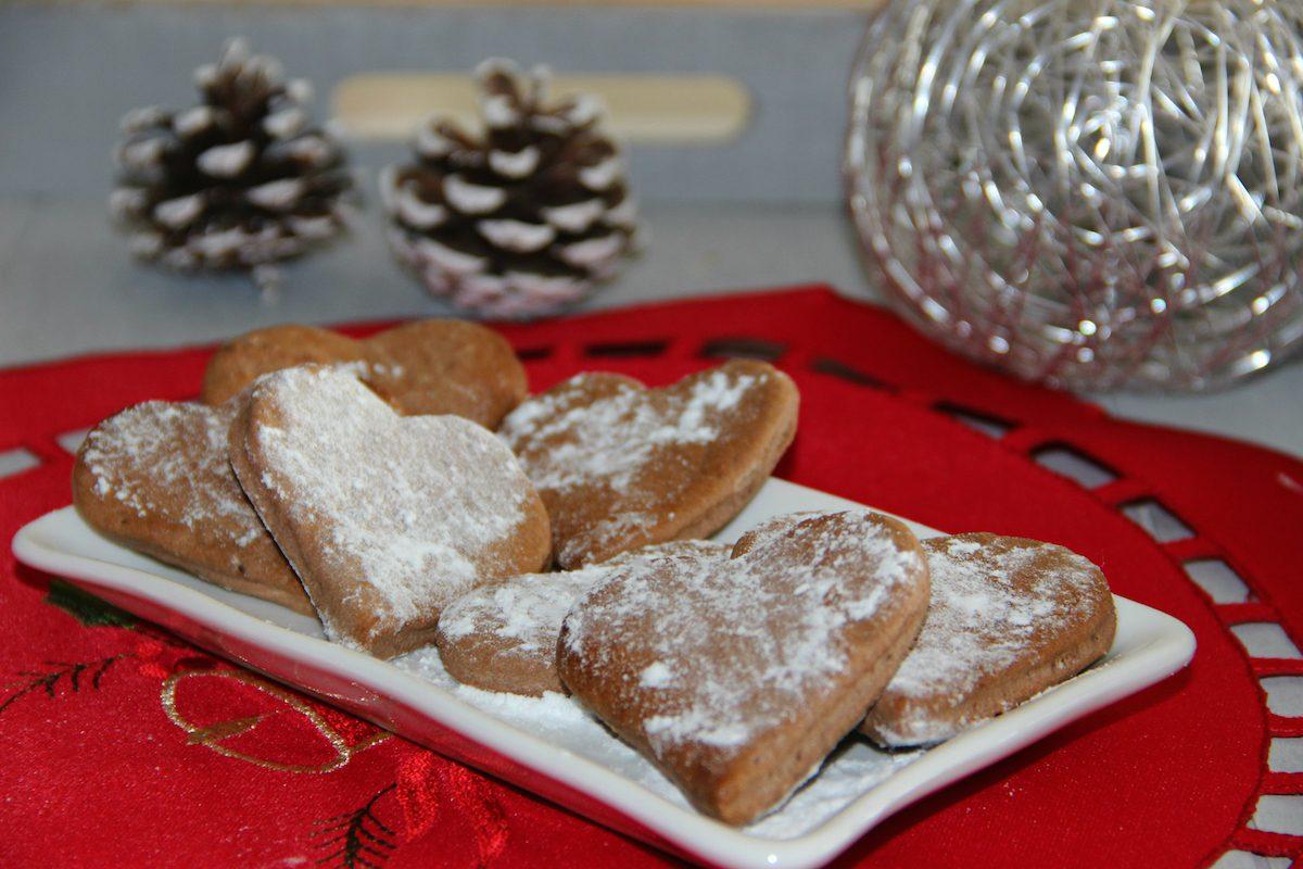 Biscotti alla cannella: la ricetta semplice da abbinare al tè