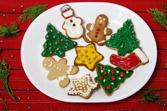 Regalare Biscotti Di Natale.Biscotti Natalizi Da Regalare La Ricetta Dei Dolci Di Natale Speciali Facili Da Fare