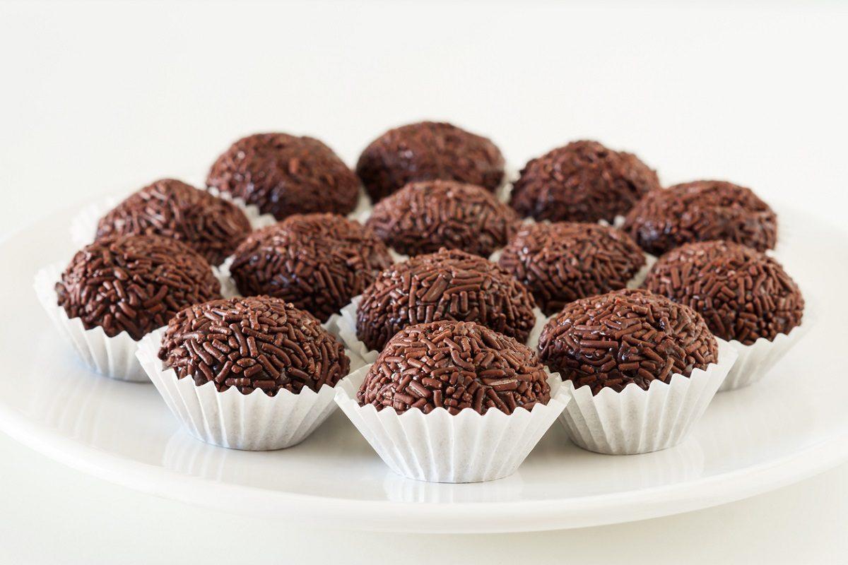 Brigadeiro: la ricetta originale dei dolcetti brasiliani al cioccolato