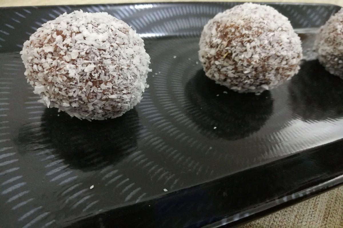 Kokosbollar: la ricetta per preparare le golose praline svedesi