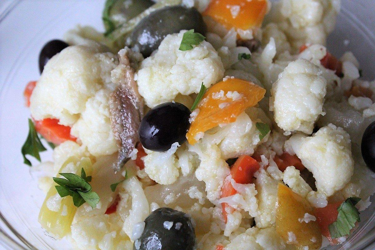 Insalata di rinforzo: la ricetta tradizionale napoletana