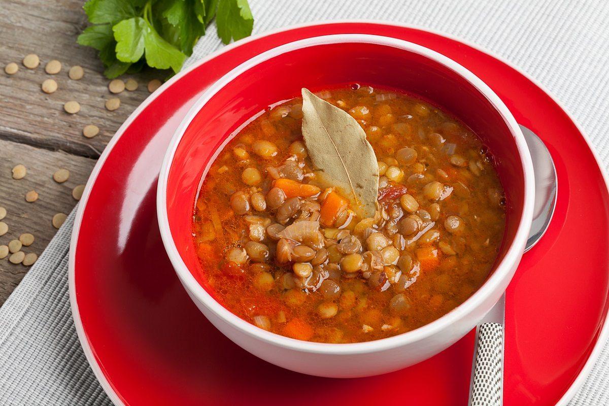 Lenticchie in umido: la ricetta della tradizione semplice e genuina