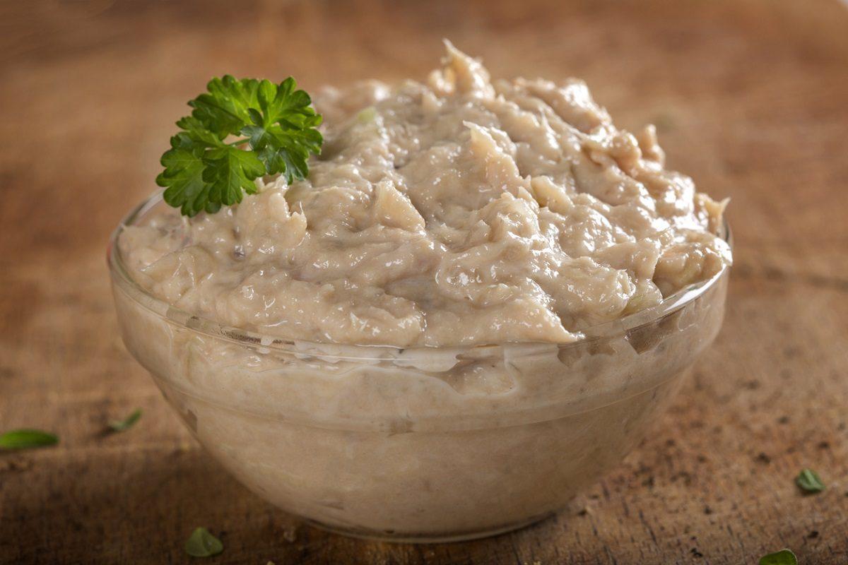 Patè di tonno: la ricetta facile e veloce per un antipasto sfizioso