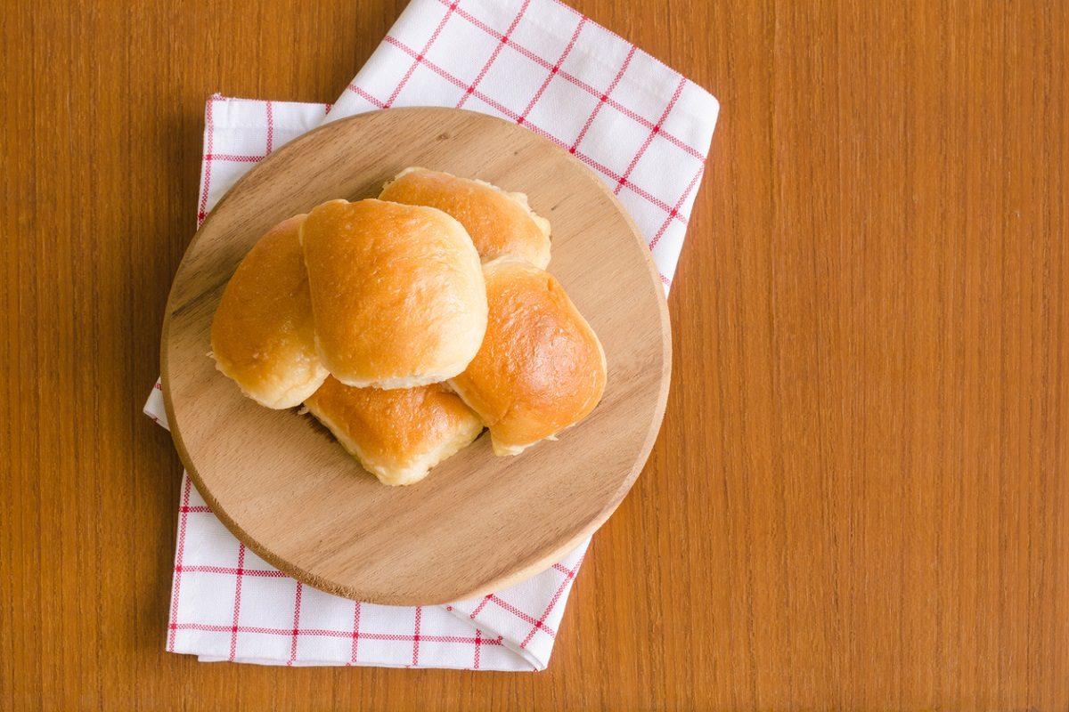 Pane al burro: la ricetta per trecce e bocconcini morbidissimi