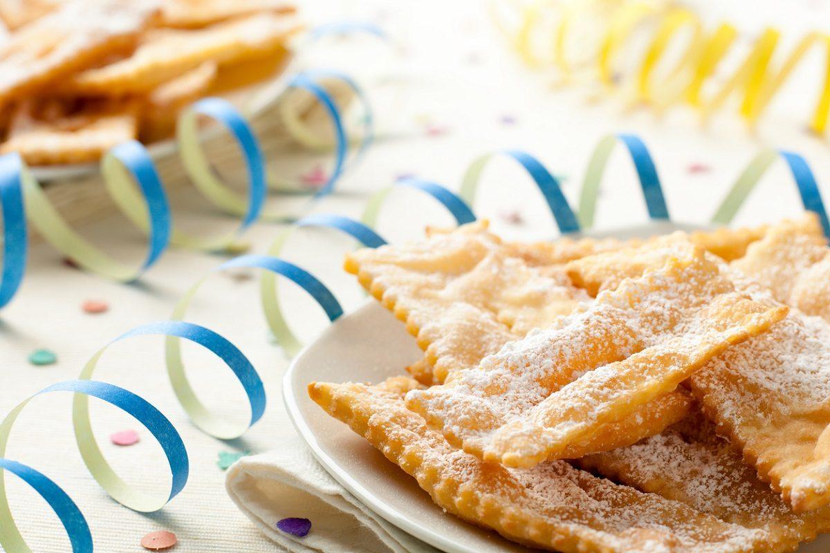 Lattughe di Carnevale: la ricetta delle sfoglie croccanti e leggere tipiche di Mantova