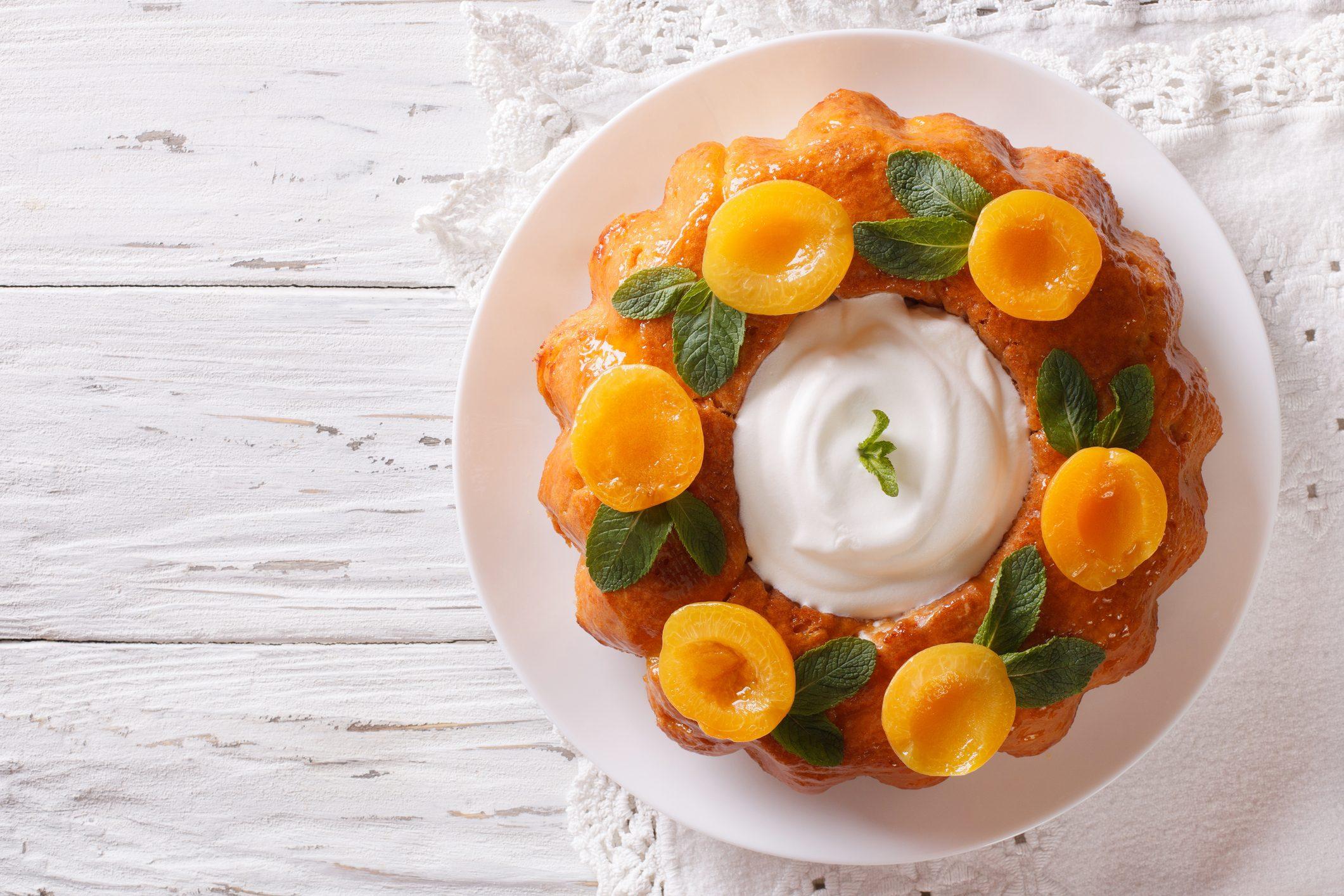 Savarin: la ricetta originale del dolce francese