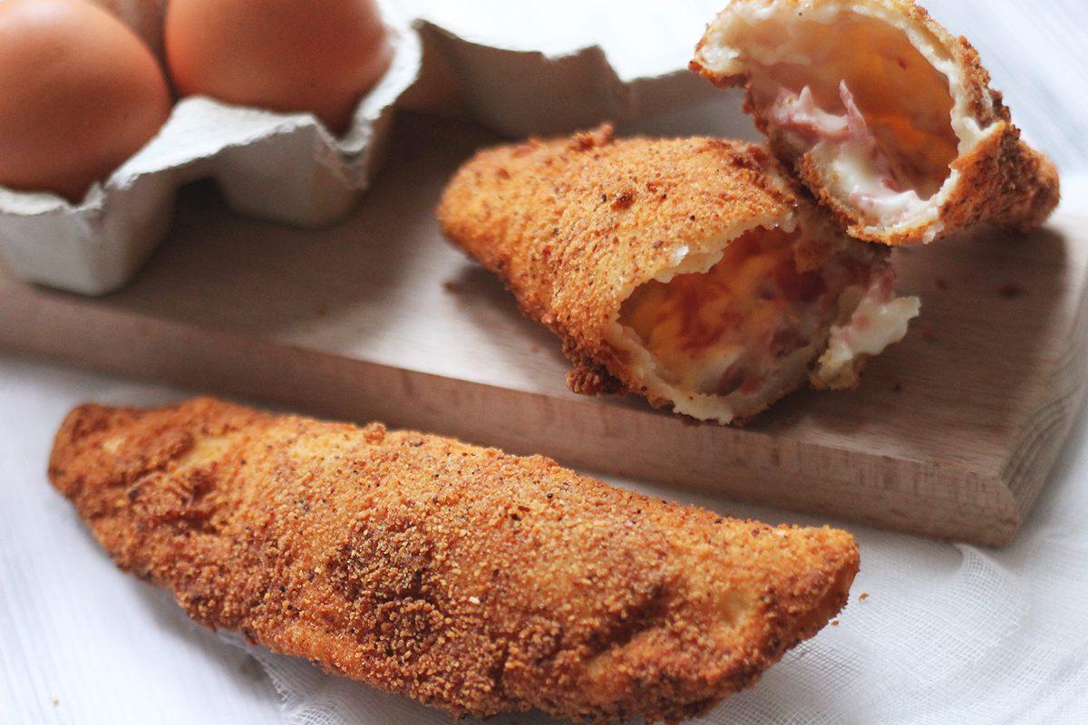 Fagottini con sugo di pomodoro e mozzarella: la ricetta perfetta per farli in casa