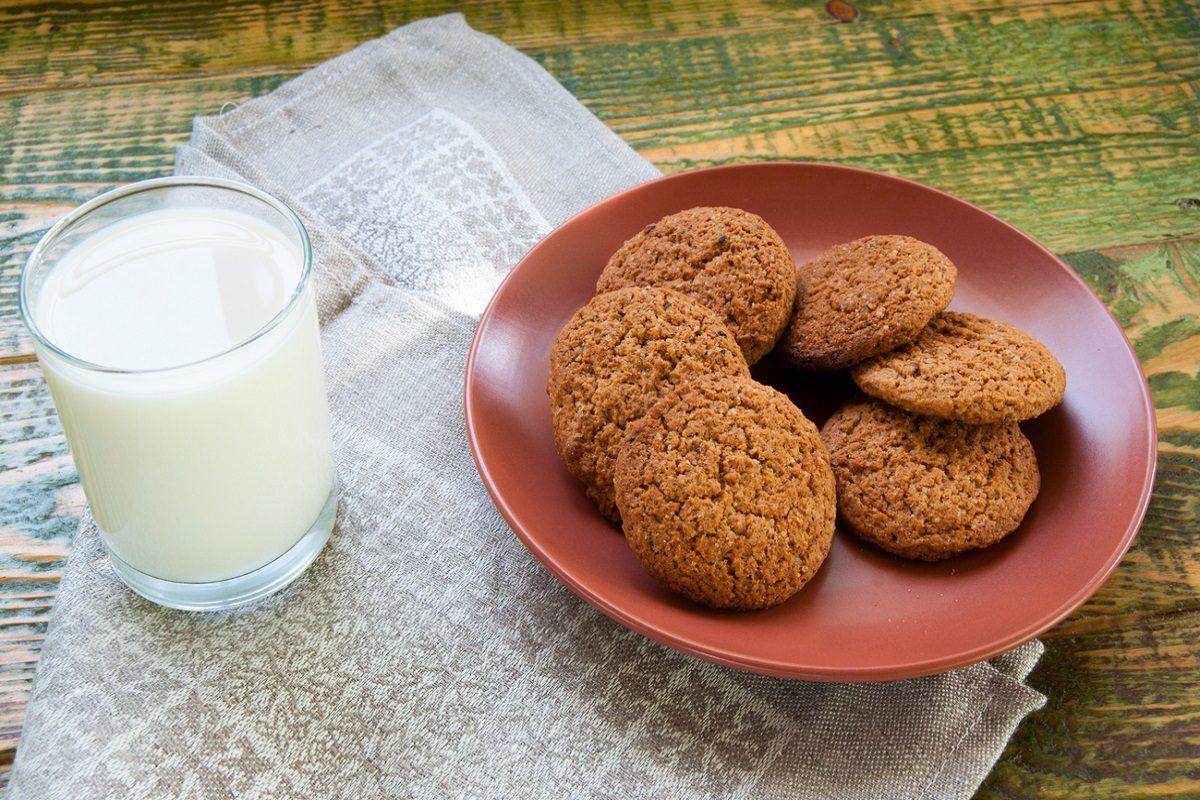 Biscotti integrali: la ricetta per prepararli leggeri e fragranti
