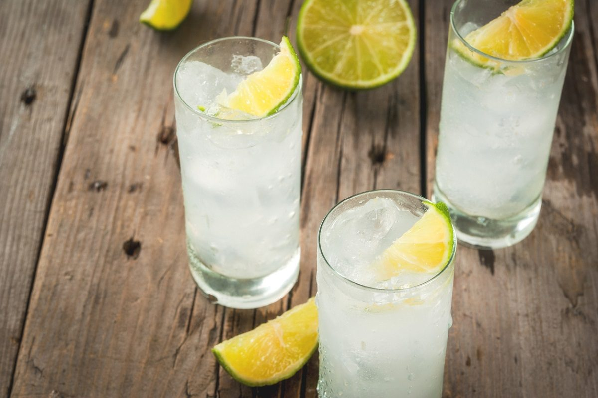 Vodka Lemon: ricetta e preparazione del long drink dissetante