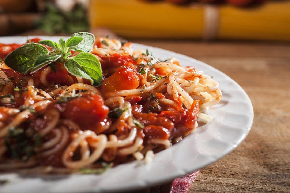 Spaghetti alla marinara: la ricetta del primo piatto semplice e gustoso