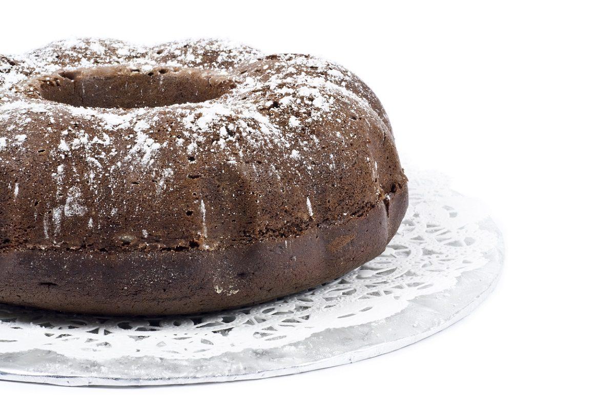 Ciambella al cacao con aroma alla vaniglia