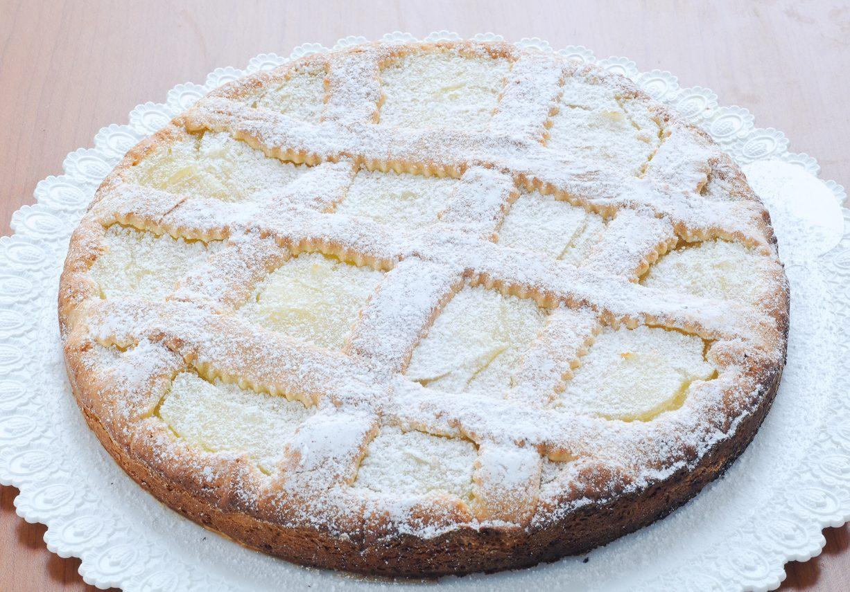 Crostata alla crema pasticcera: la ricetta del dolce morbido e classico