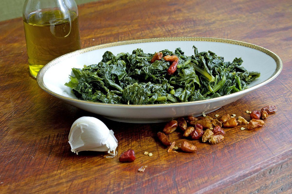 Friarielli in padella: la ricetta del contorno tipico della cucina napoletana
