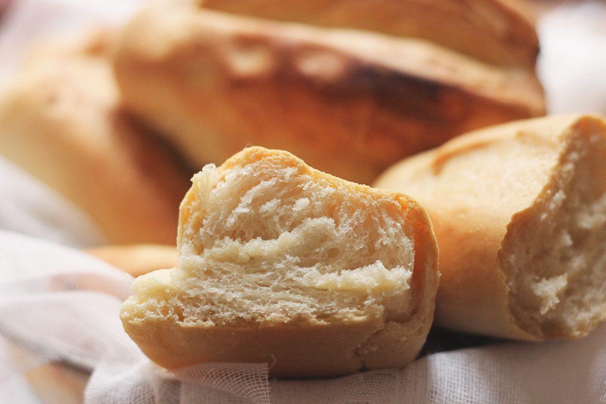 Pane fatto in casa: la ricetta semplice e veloce per l'impasto