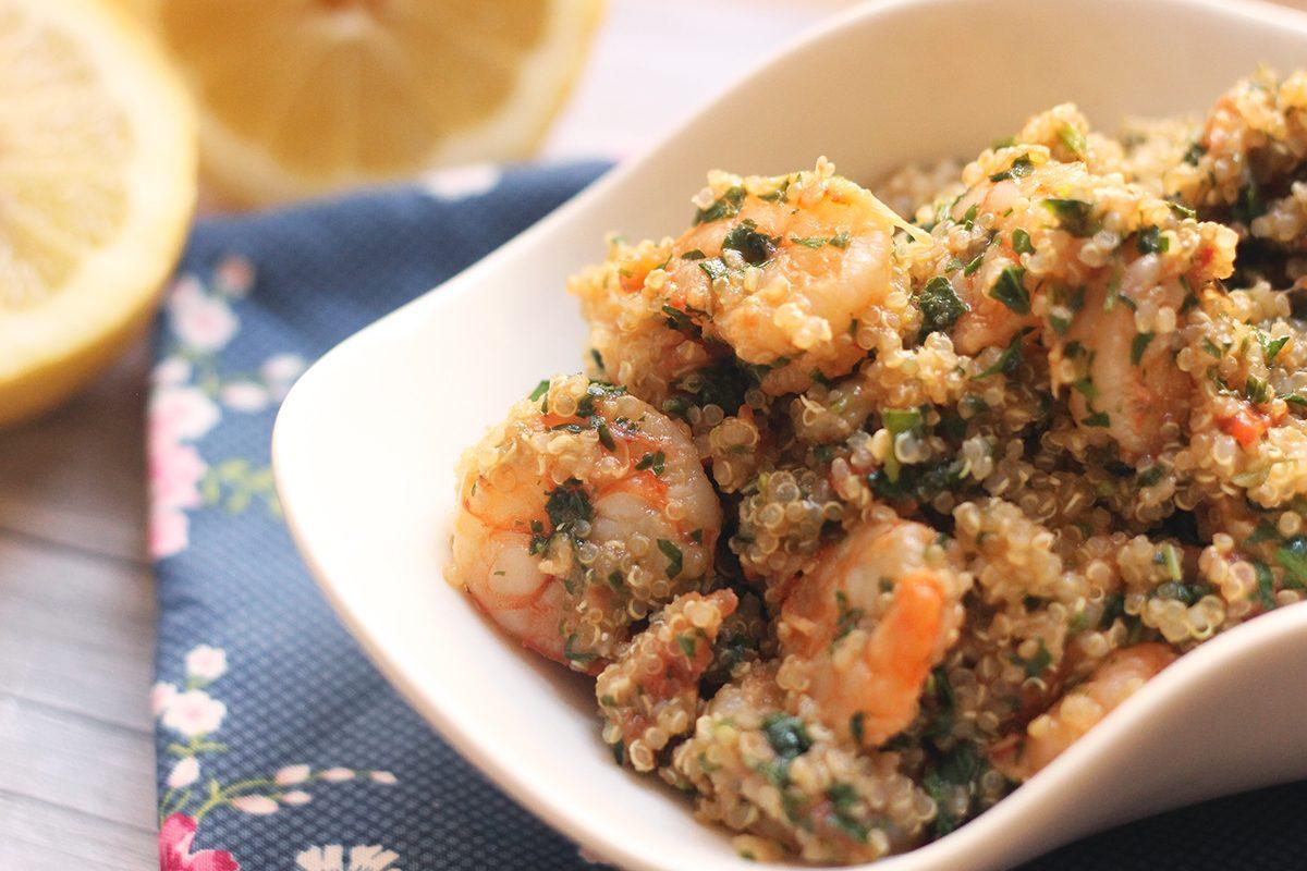Quinoa con gamberetti: la ricetta di un primo salutare e pieno di gusto