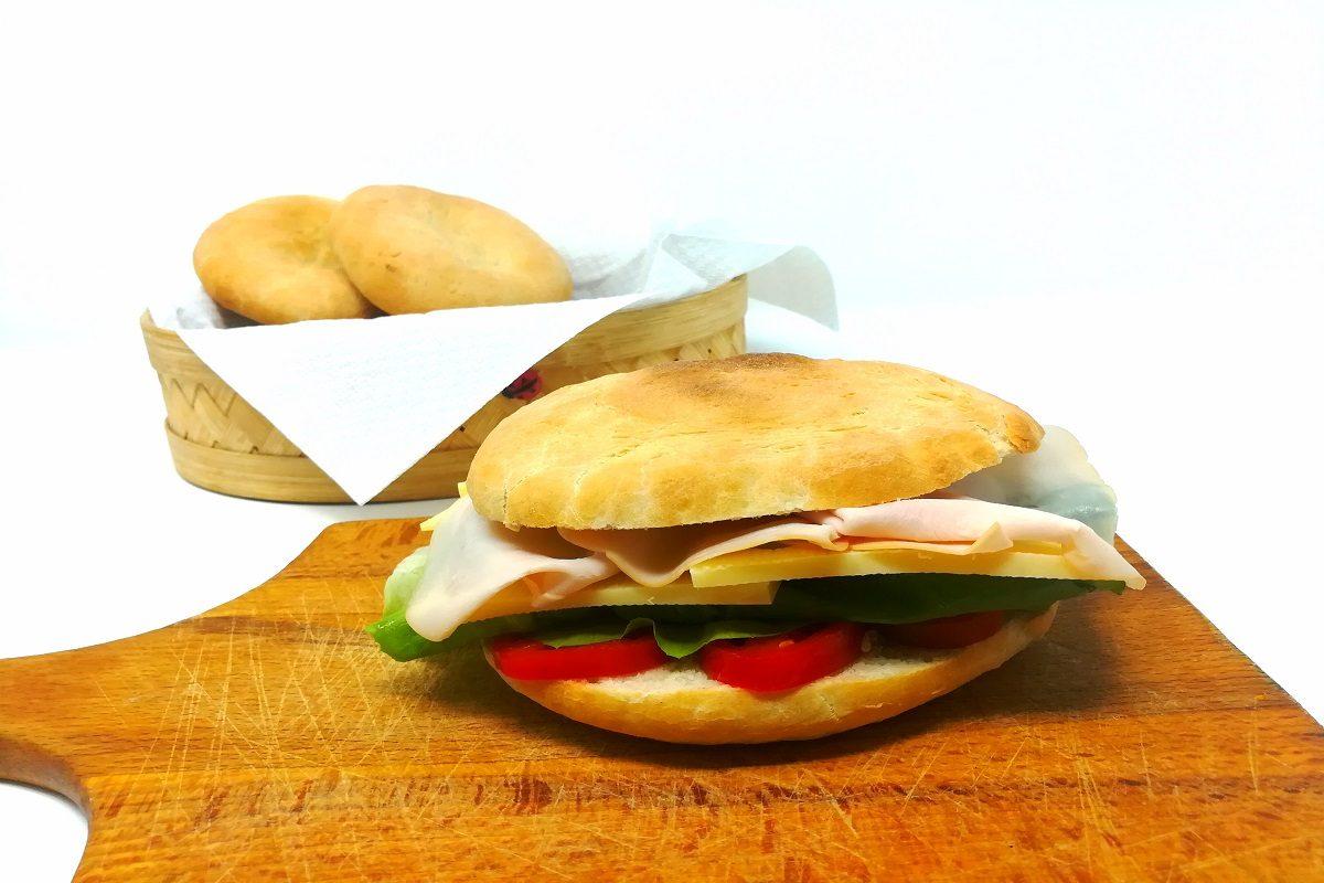 Puccia salentina: la ricetta classica del pane pugliese