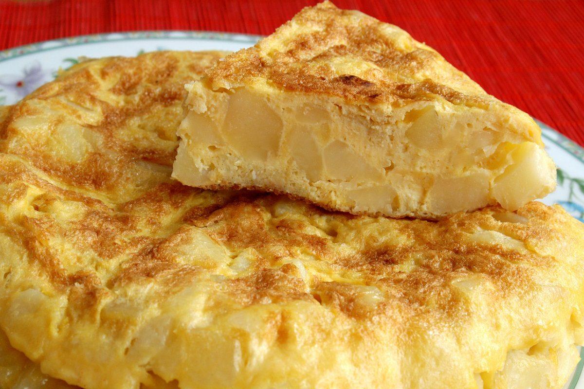 Ricetta Tortillas Patate E Cipolla.Frittata Di Patate La Ricetta Del Secondo Piatto Rustico