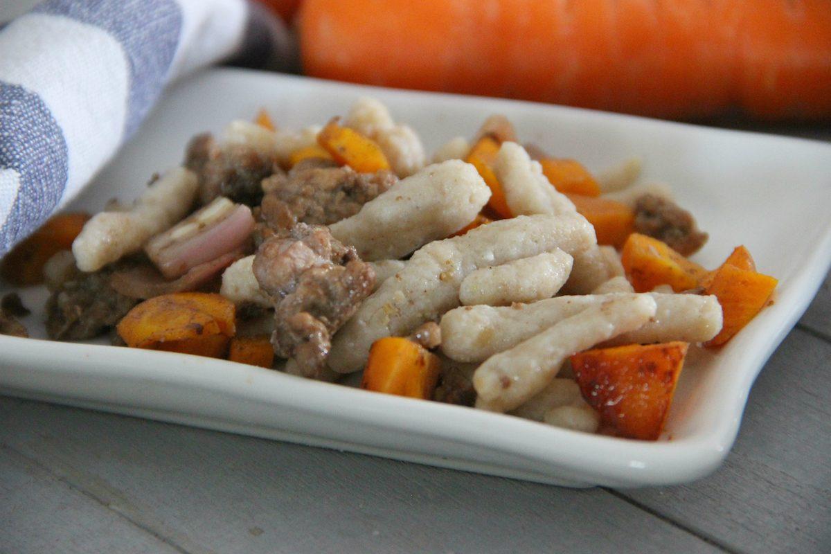Passatelli asciutti: la ricetta con carne macinata e carote